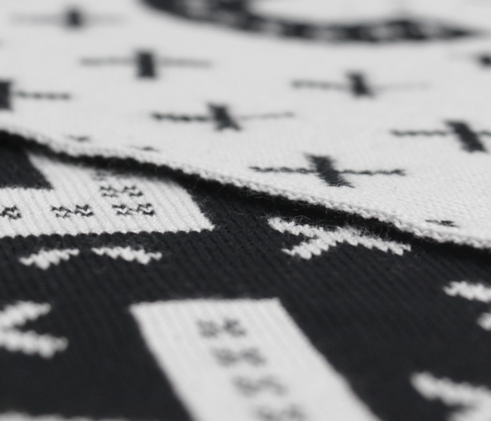 bidges-and-sons__scarf_zero-fvcks-given_black-white_design_2093_4335