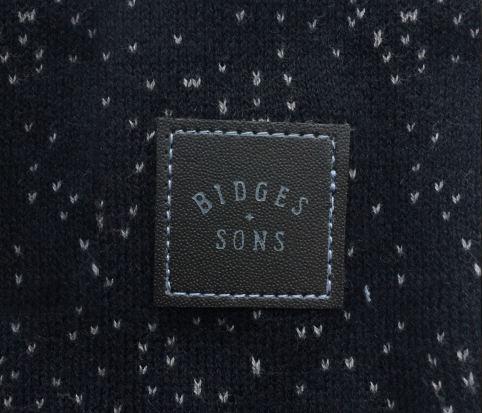 bidges-and-sons_ladies_knit-pullover_ashes_black-grey-melange_shooting_product_1374_3868